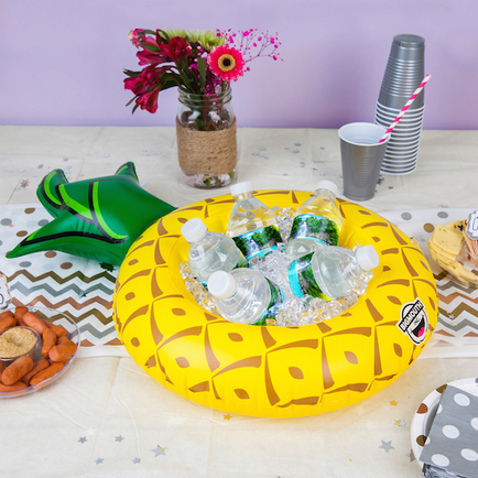 Inflatable Pineapple Serving Ring