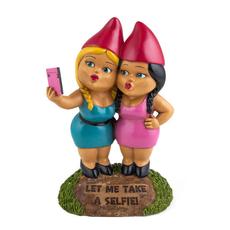 Selfie Sisters Gnome
